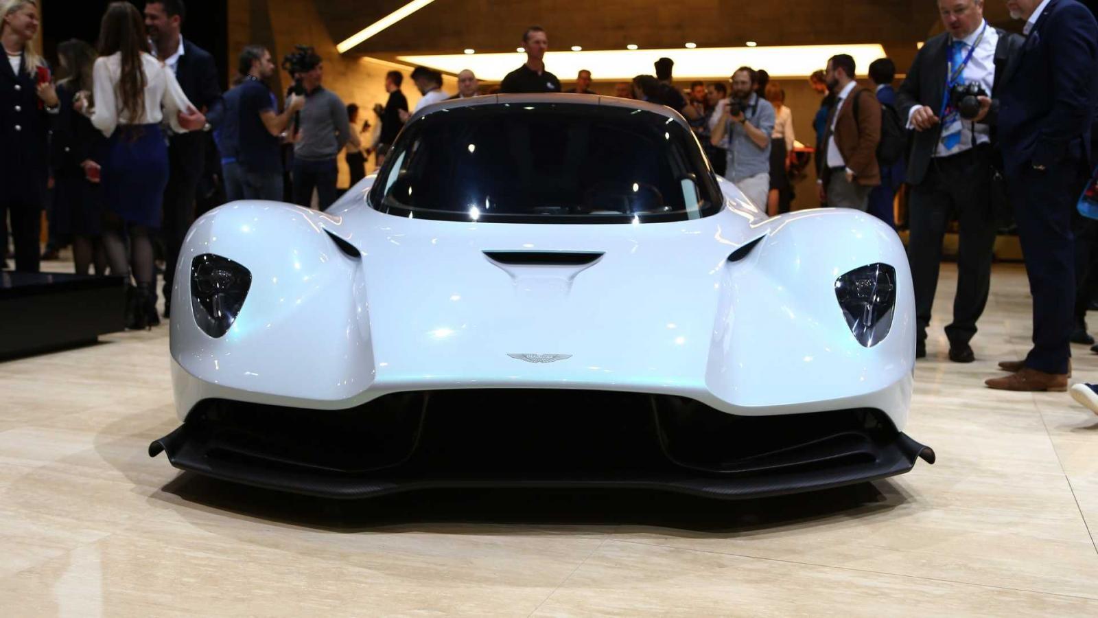 Aston Martin AM-RB 003 vén màn tại Geneva 2019