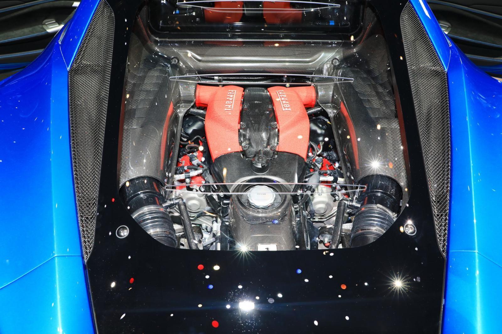 Động cơ của Ferrari F8 Tributo có thể là được bê từ Ferrari 488 Pista sang