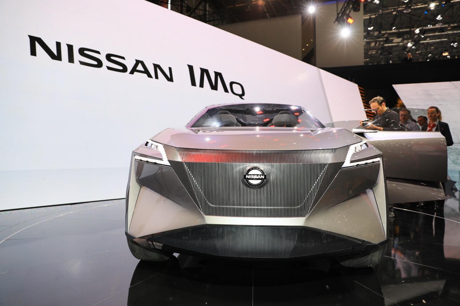 Mặt calăng trên Nissan IMQ Concept