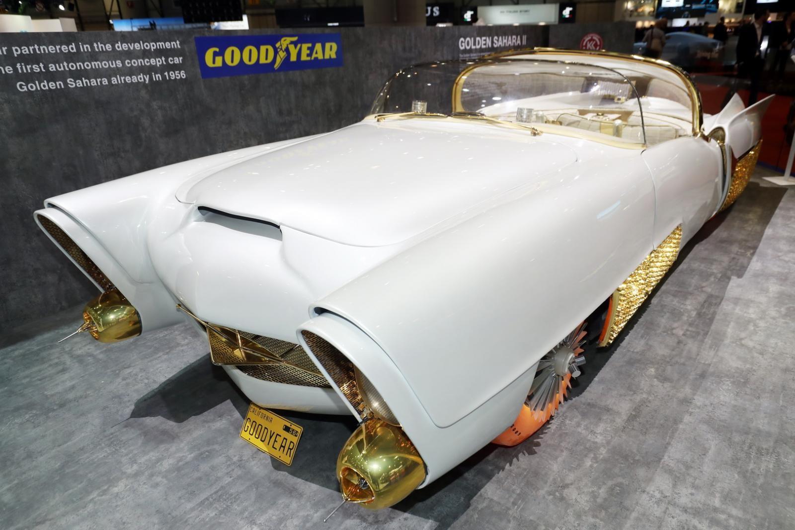 Golden Sahara II mang đúng dáng dấp của một chiếc xe cổ điển