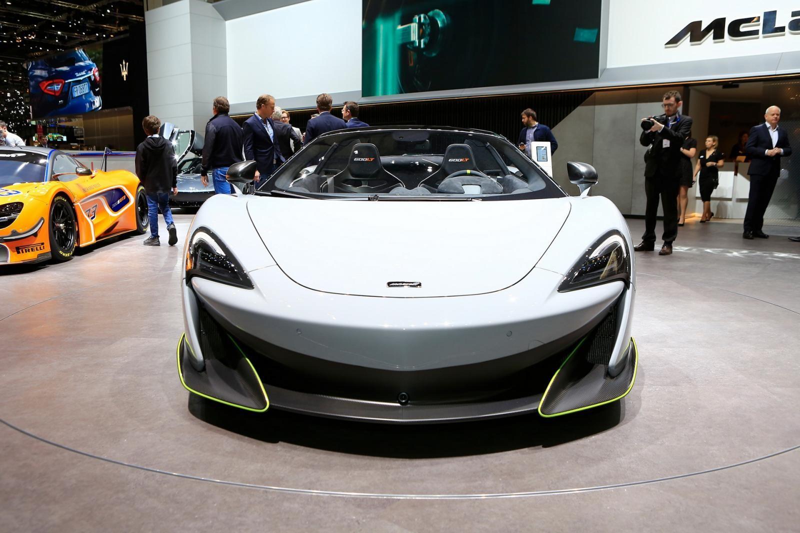 Cận cảnh chiếc siêu xe mà các đại gia trên thế giới phải chạy đua với thời gian để sở hữu