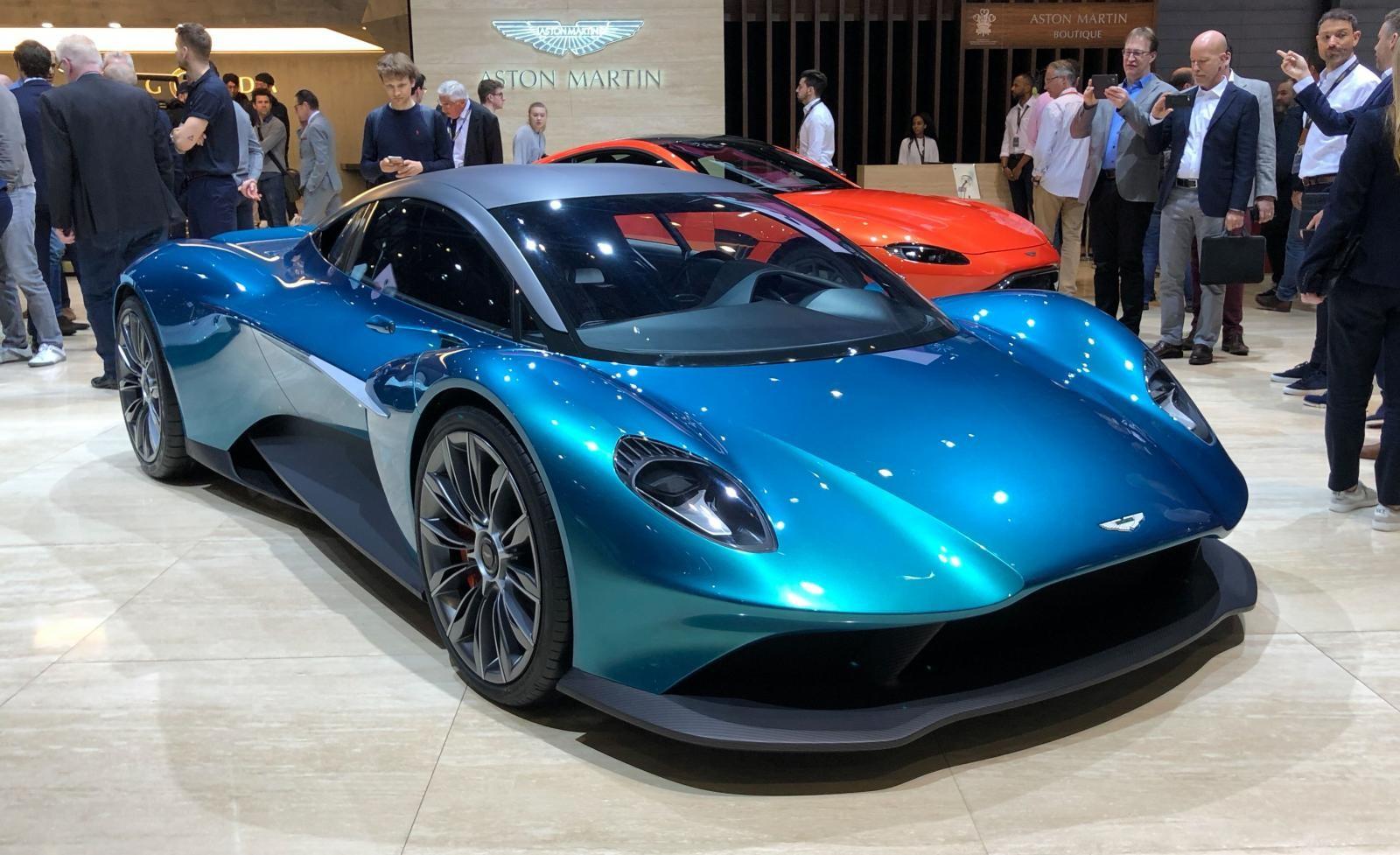 Aston Martin Vanquish Vision Concept ra mắt trong triển lãm Ô tô Geneva 2019