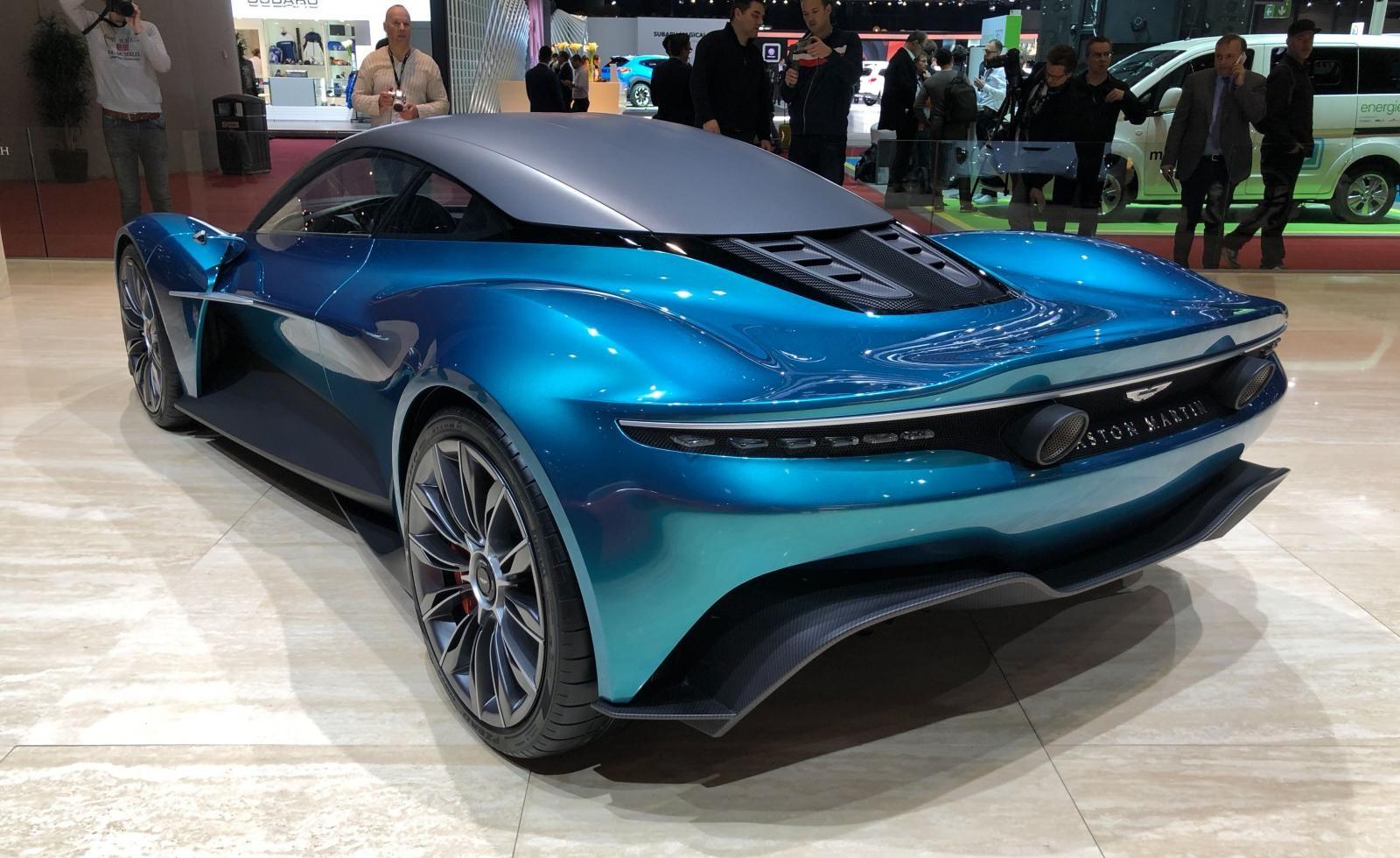 Aston Martin Vanquish Vision Concept bản thương mại sẽ là xe hybrid xăng-điện