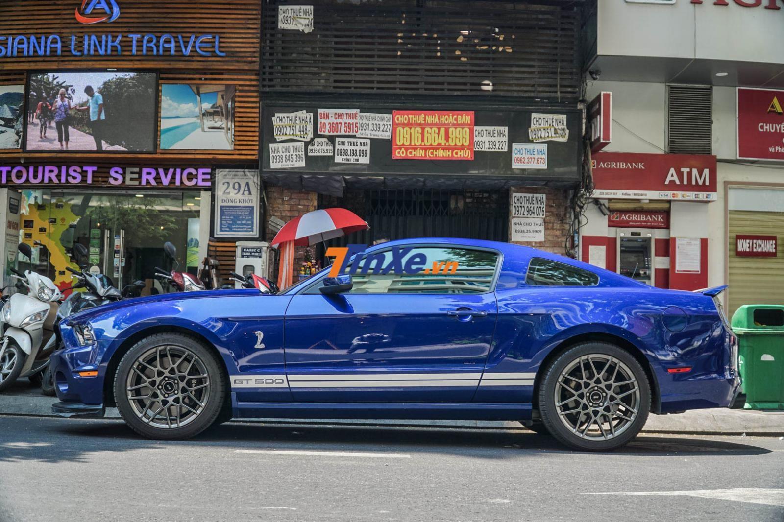 Sau 6 năm có mặt tại Việt Nam, chiếc Ford Mustang Shelby GT500 vẫn chưa có chú ngựa hoang nào soán ngôi danh hiệu tốc độ