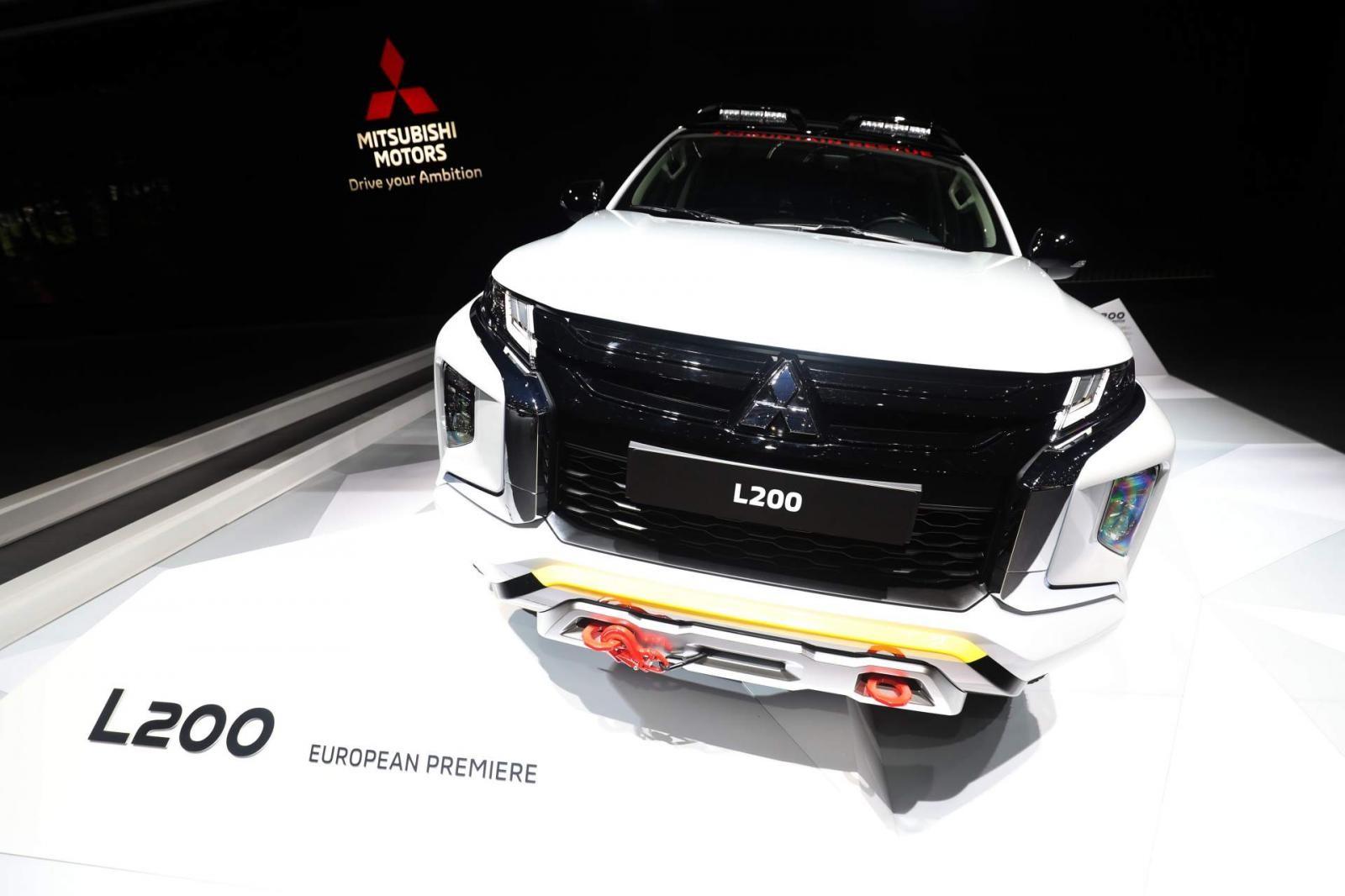 """Với cấu hình """"Mountain Rescue"""", Mitsubishi L200 2019 thêm phần hầm hố, khỏe khoắn"""