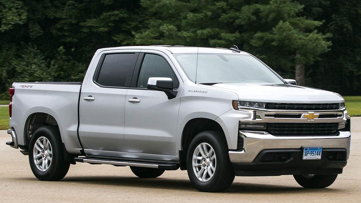 Chevrolet Silverado 2019 có nhiều điểm tiến bộ so với người tiền nhiệm