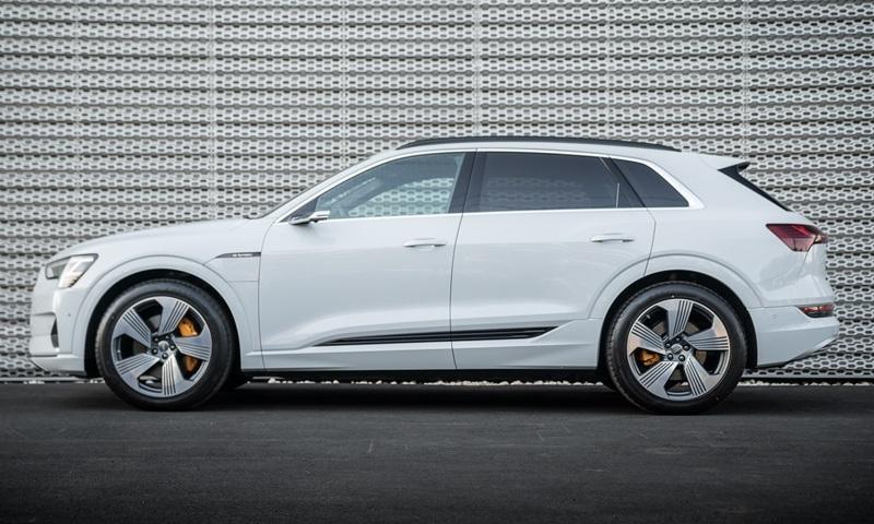 Audi e-tron 55 quattro 2019 được trang bị hệ dẫn động 4 bánh toàn thời gian