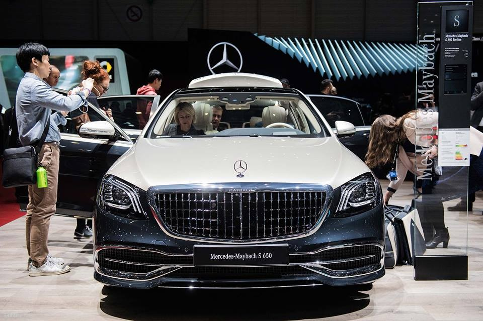 Cận cảnh thiết kế đầu xe của Mercedes-Maybach S-Class 2019