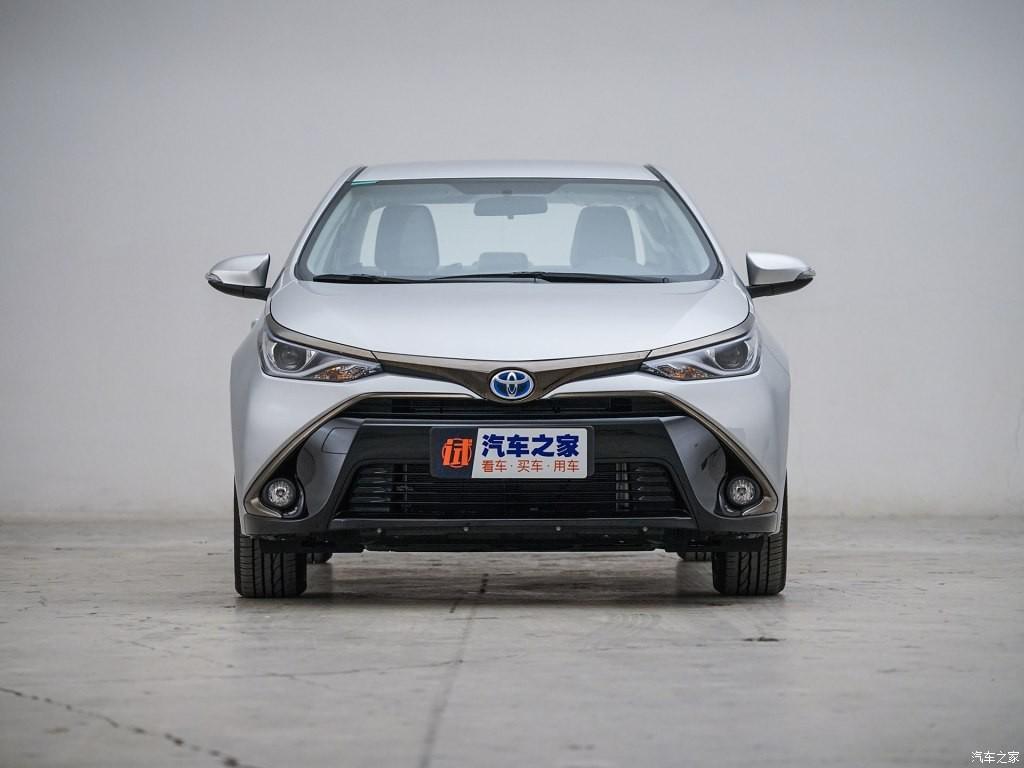 Toyota Levin E+ 2019 có thiết kế ngoại thất khác biệt so với Corolla PHEV 2019