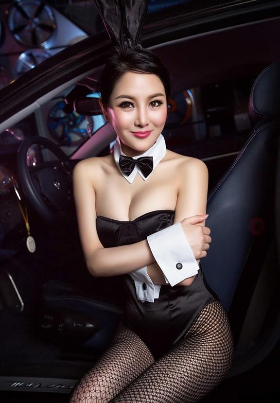 Người đẹp Trung Quốc tinh nghịch với bộ trang phục thỏ ngọc gợi cảm - 7