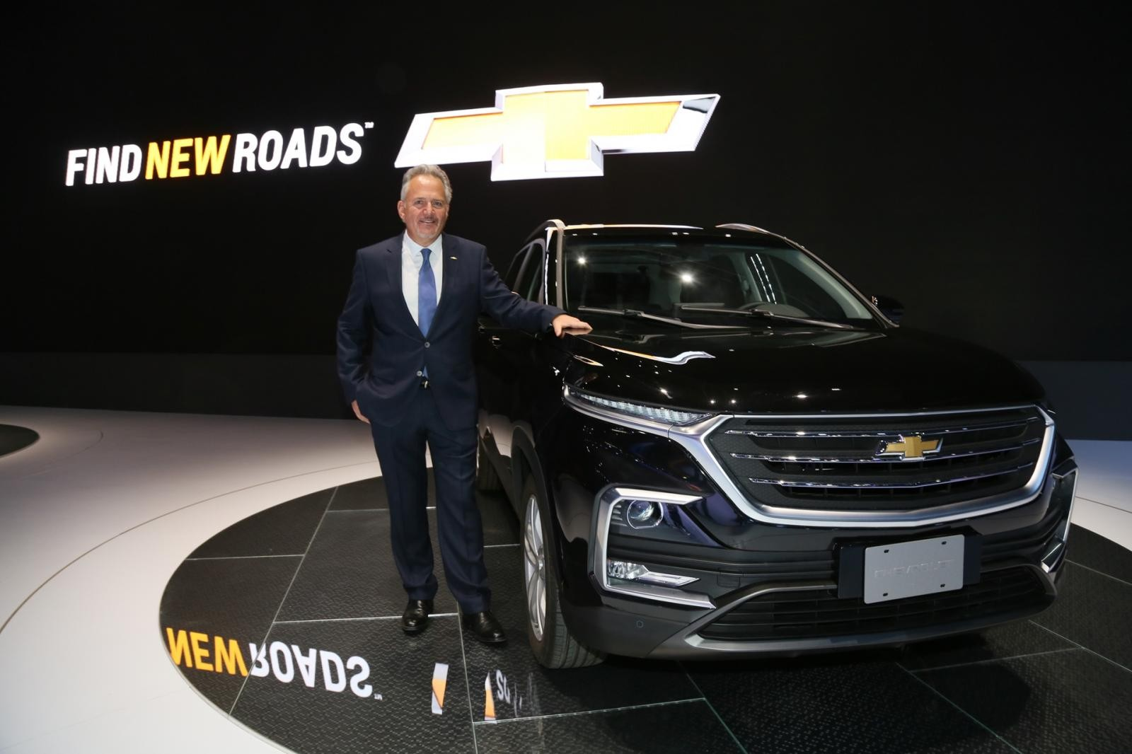 Chevrolet Captiva 2019 ra mắt trong triển lãm Salon de Automovil de Bogota 2018
