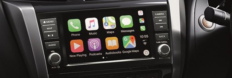 Màn hình 8 inch của hệ thống thông tin giải trí trong Nissan Navara 2019