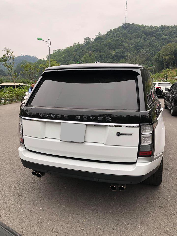 Range Rover SVAutobiography hiện nay có giá không dưới 20 tỷ đồng