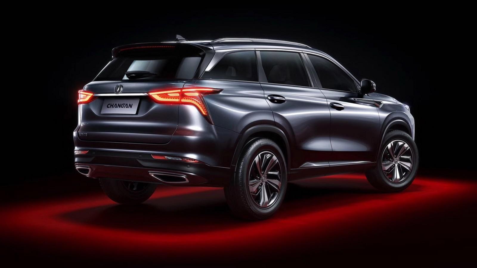 Thiết kế đuôi xe của Changan CS75 Plus 2019 gợi liên tưởng đến xe Lexus