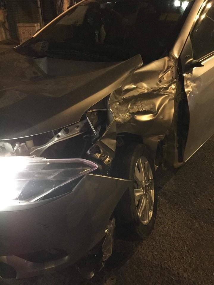 Chiếc Toyota Vios bị hỏng đáng kể sau vụ tai nạn