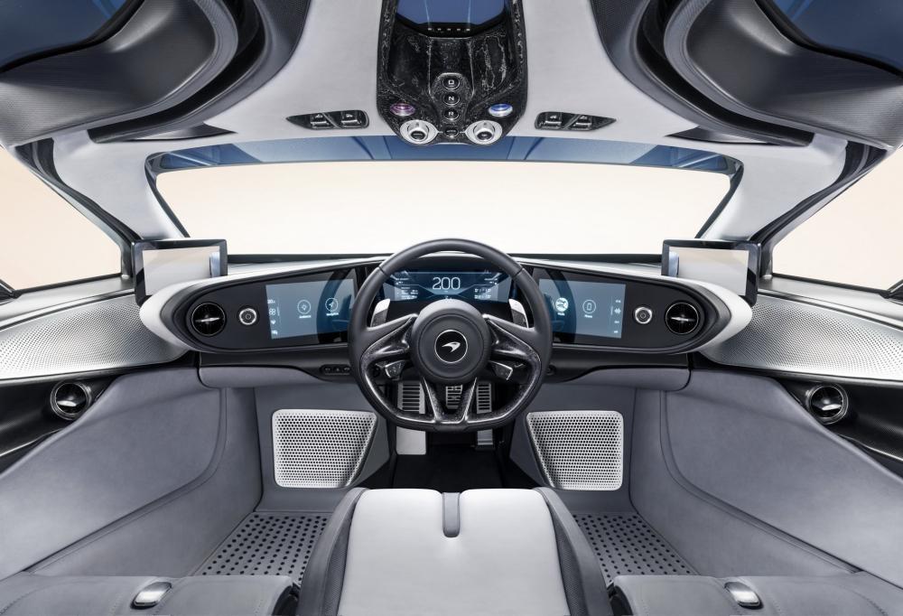 McLaren Speedtail được trang bị ghế lái nằm giữa theo phong cách của F1