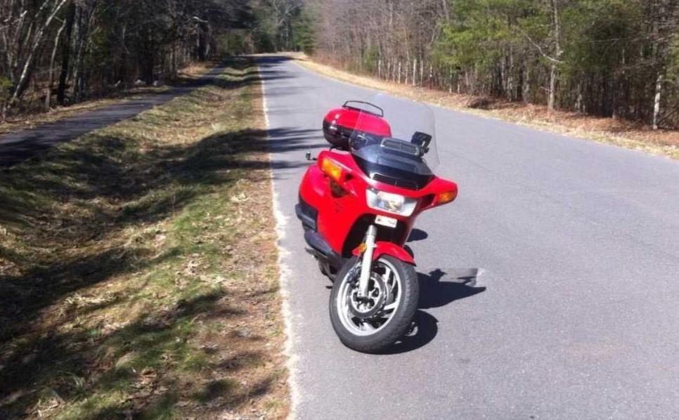Giúp các anh em biker khác khi gặp nạn là điều nên làm