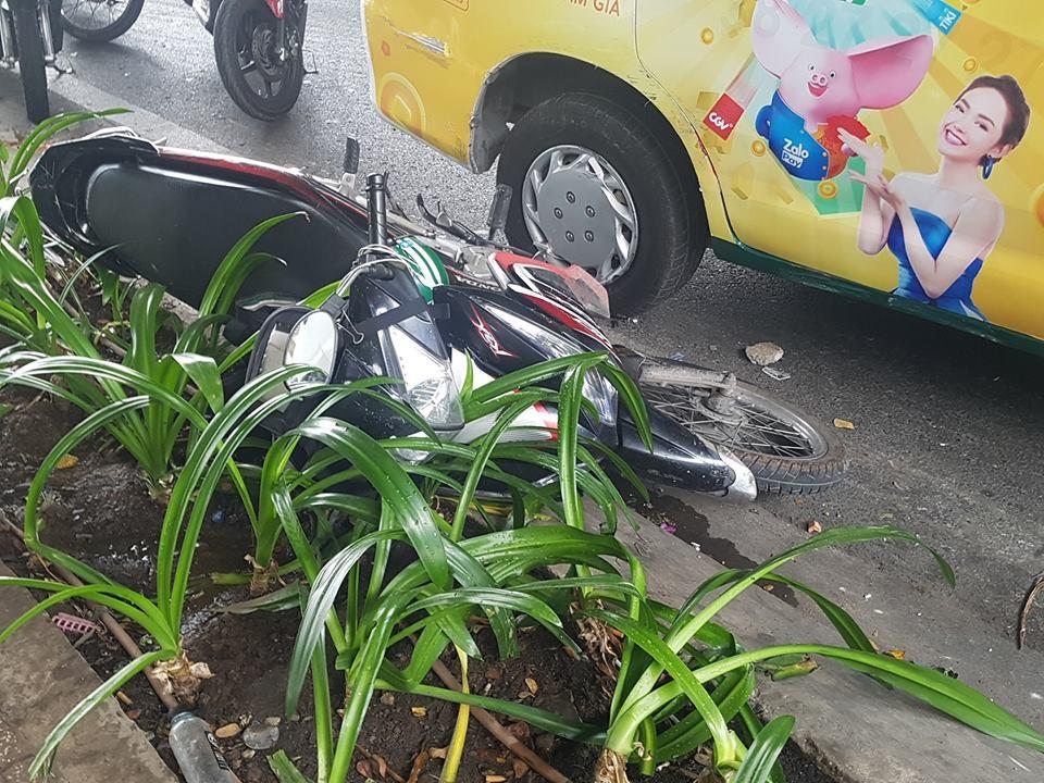 Chiếc xe máy của nam thanh niên chạy grab