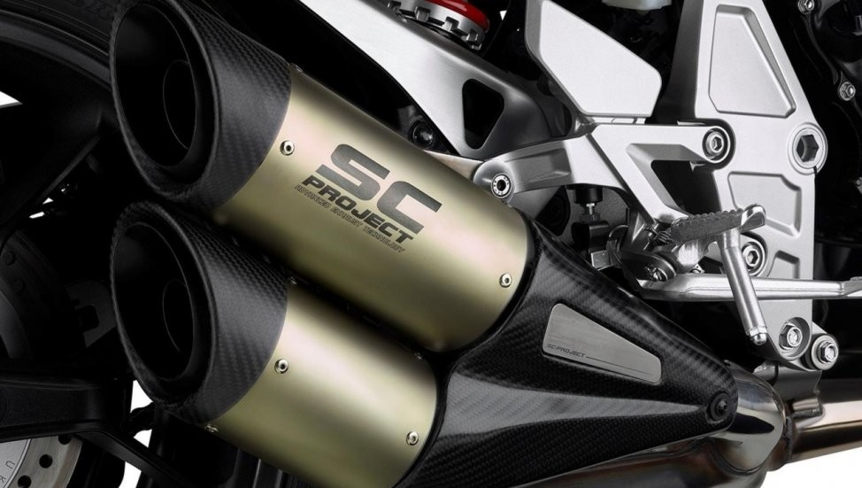 Hệ thống xả độ SC Project giúp giảm trọng lượng xe và tăng công suất động cơ