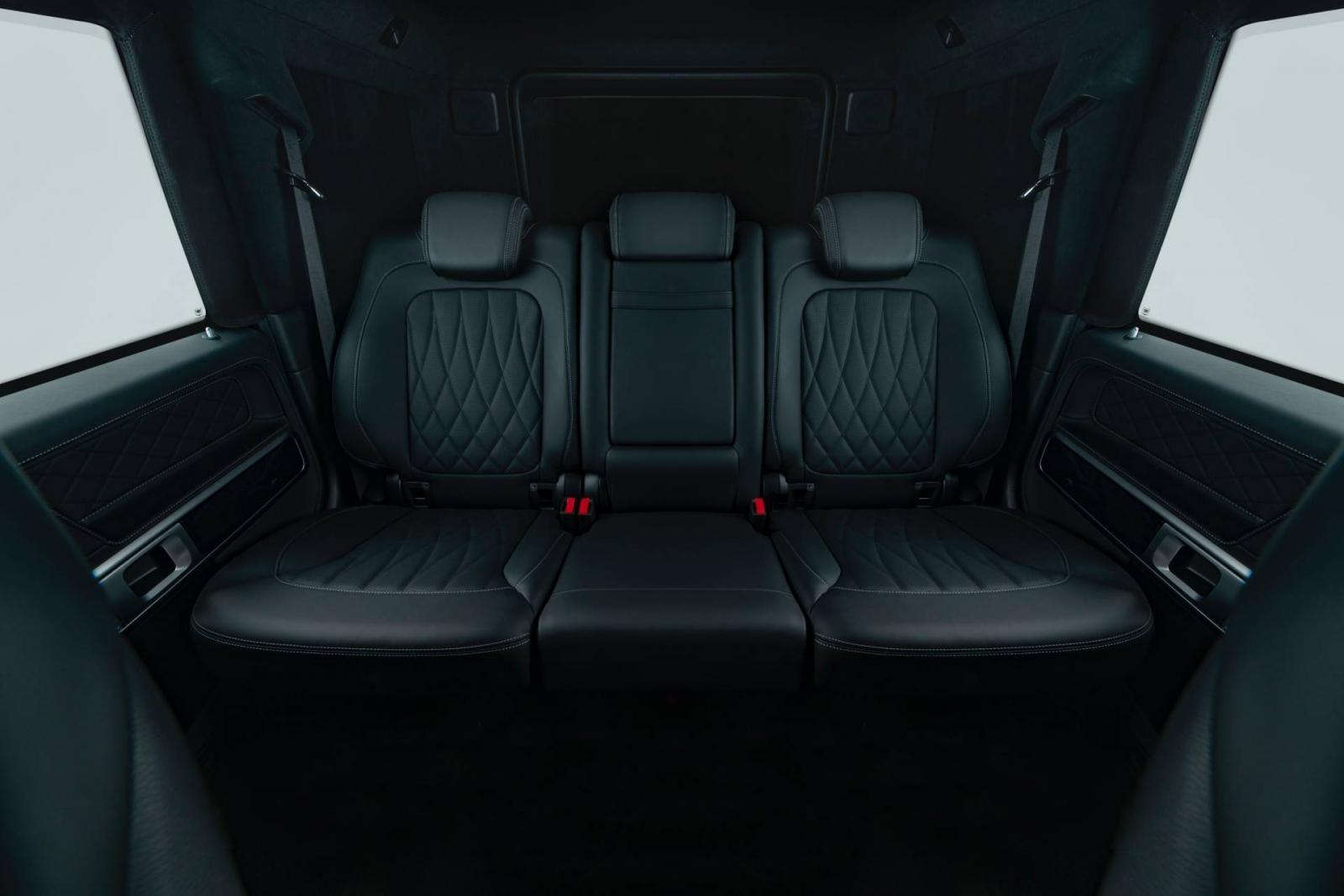 Hàng ghế sau của xe