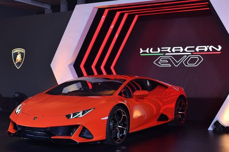 Vẻ đẹp của Lamborghini Huracan EVO