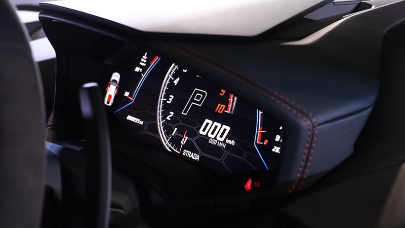 Thời gian tăng tốc từ 0-100 km/h cũng nhanh hơn 0,3 giây