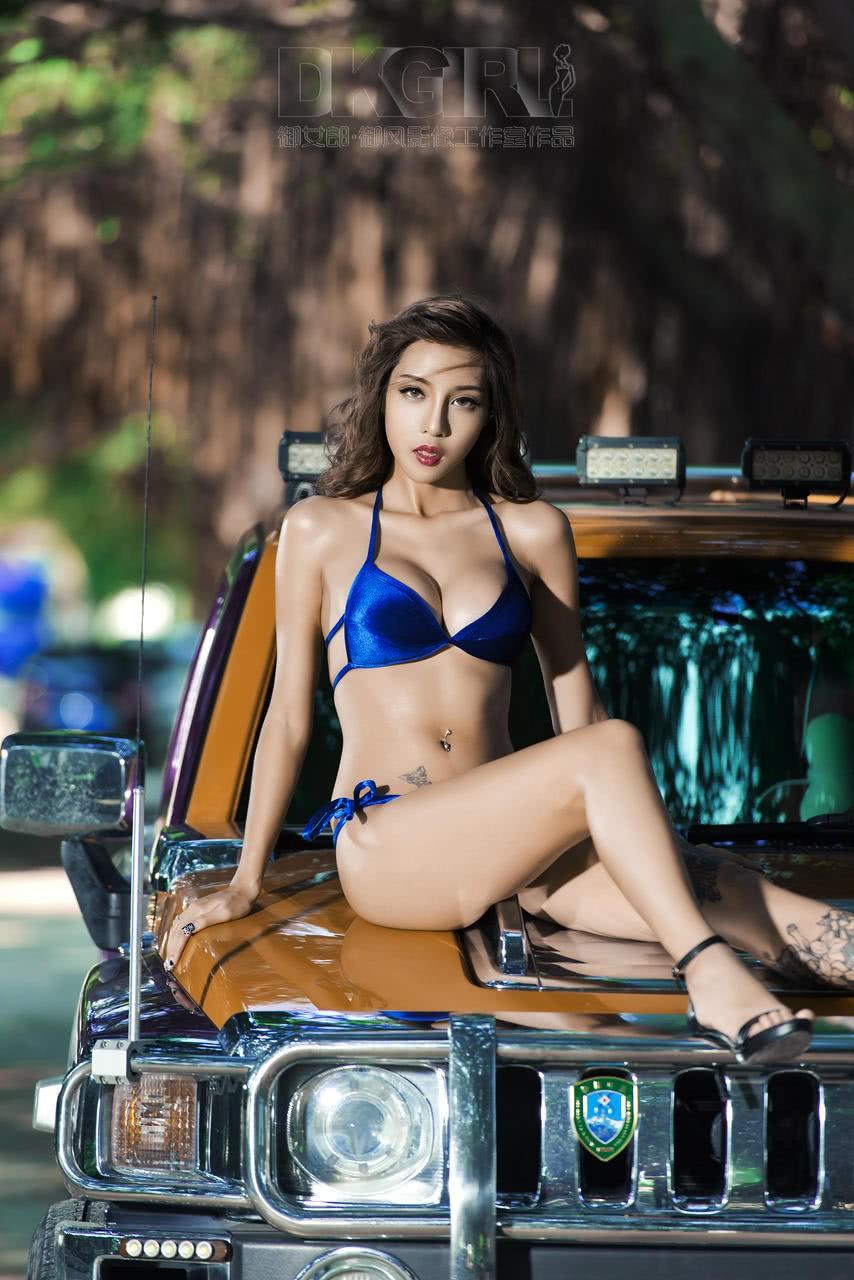 Mát mẻ cuối tuần với người đẹp 9x diện bikini khêu gợi - 3