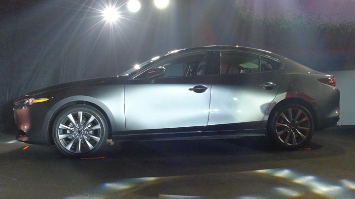 Mazda3 2019 sở hữu kích thước lớn hơn thế hệ cũ