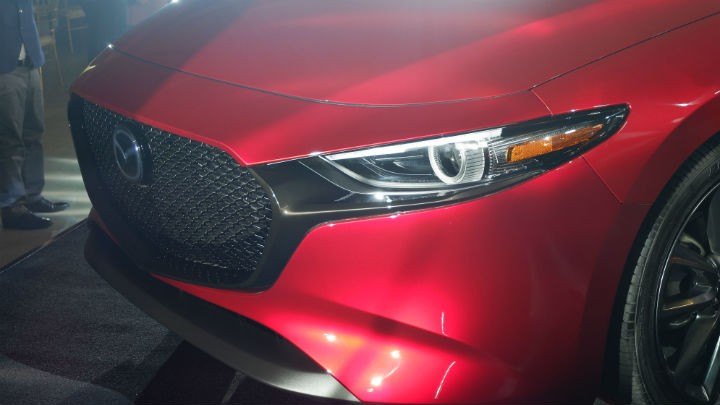 Thiết kế đầu xe của Mazda3 2019