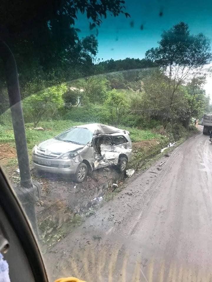 Vụ tai nạn khiến 8 người trên chiếc Toyota Innova thương vong