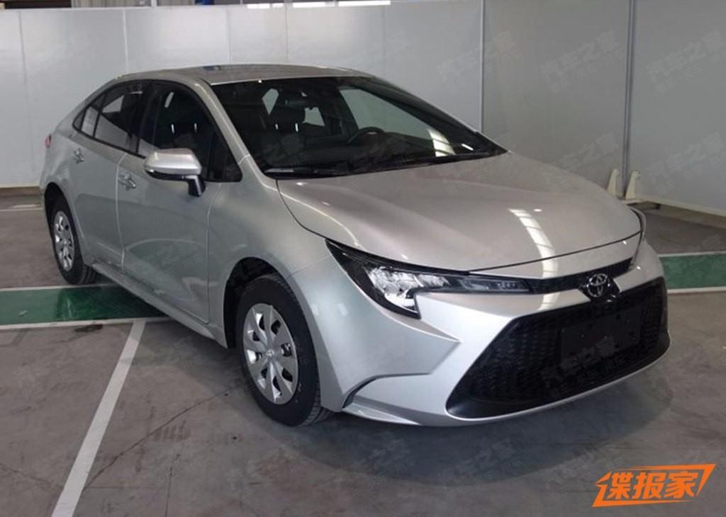 Toyota Levin 2019 bản máy xăng lộ diện