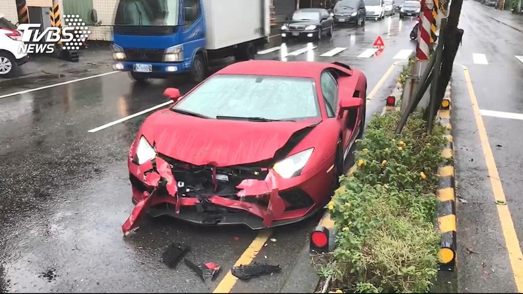 Vào thời điểm xảy ra tai nạn mặt đường khá trơn trượt do mưa lớn