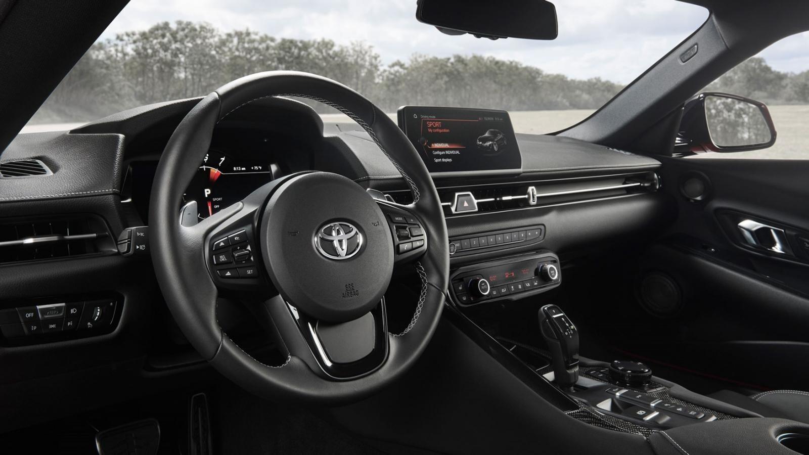 Nội thất bên trong Toyota GR Supra 2020 tại thị trường quốc tế