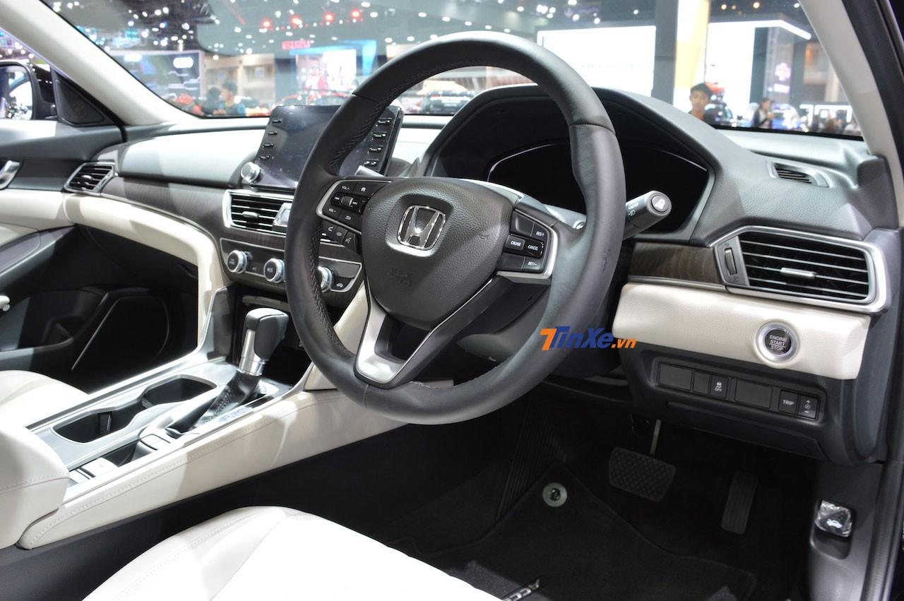Nội thất bên trong Honda Accord 2019 tại Thái Lan
