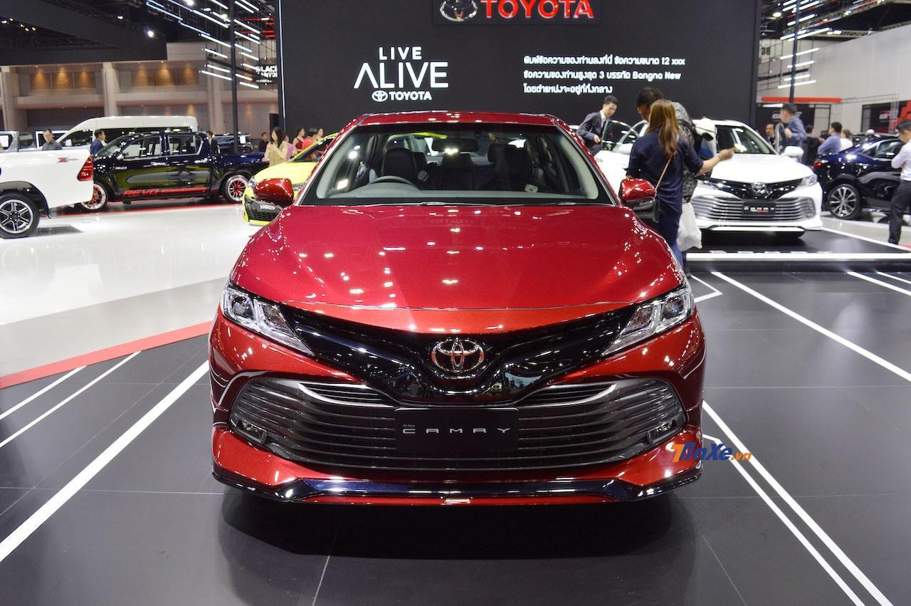 Toyota Camry 2019 dự kiến sẽ ra mắt Việt Nam vào tháng sau