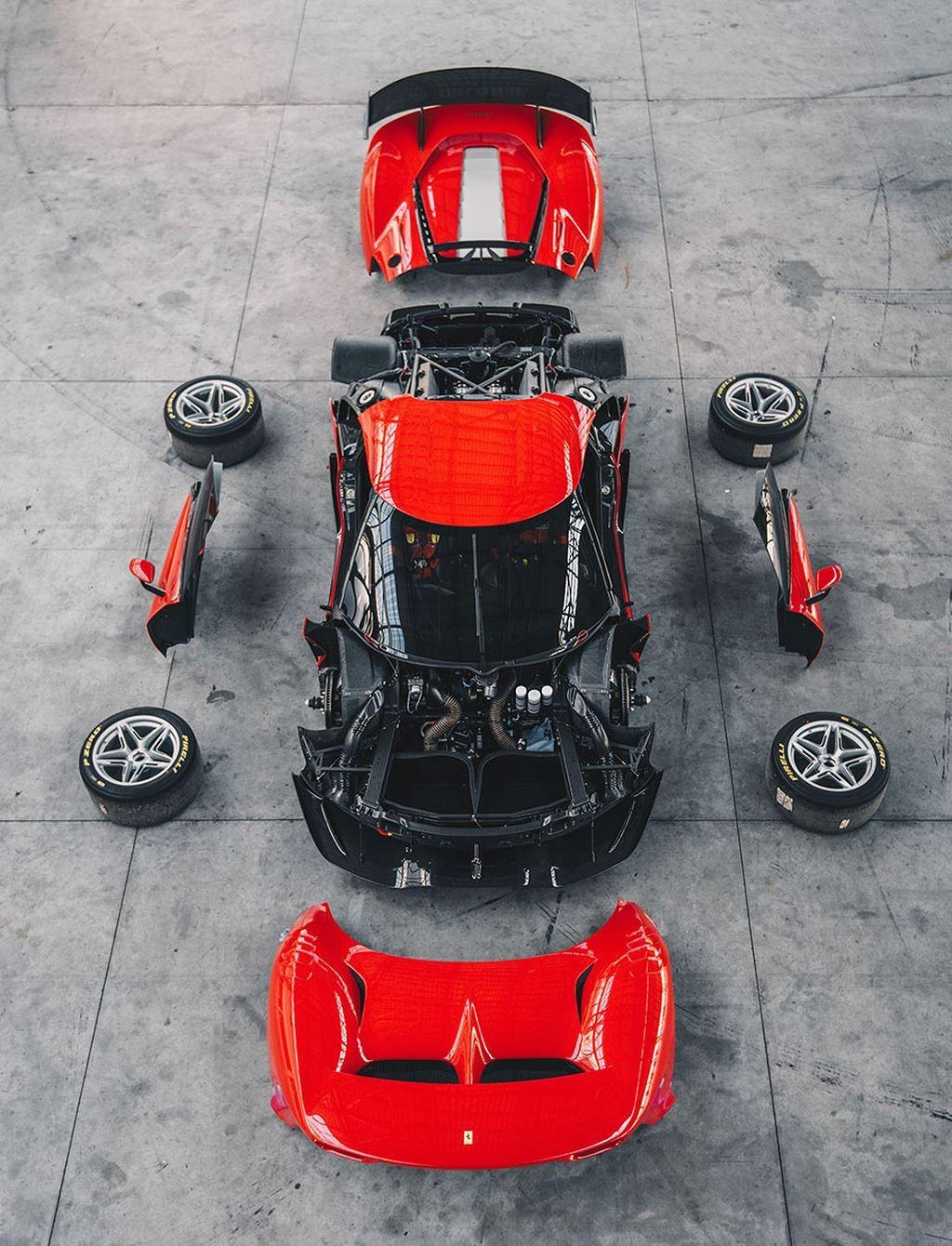 Các bộ phận cấu tạo nên siêu xe đua hàng độc Ferrari P80/C