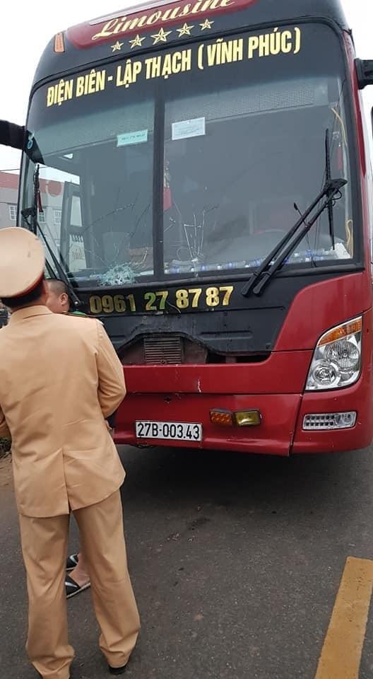 Chiếc xe khách gây tai nạn (Ảnh: Facebook)