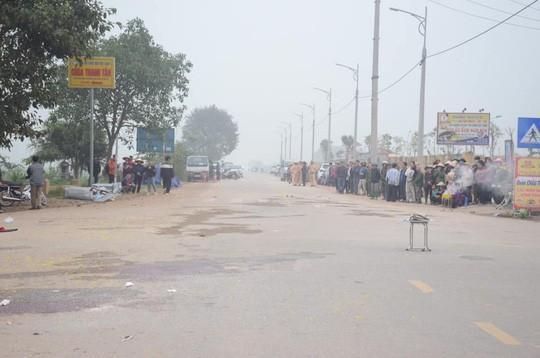 Hiện trường vụ tai nạn thảm khốc tại Vĩnh Phúc