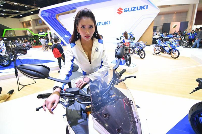 Ngất lịm trước vẻ dễ thương và gợi cảm của người mẫu Thái ở triển lãm Bangkok 2019 - 3