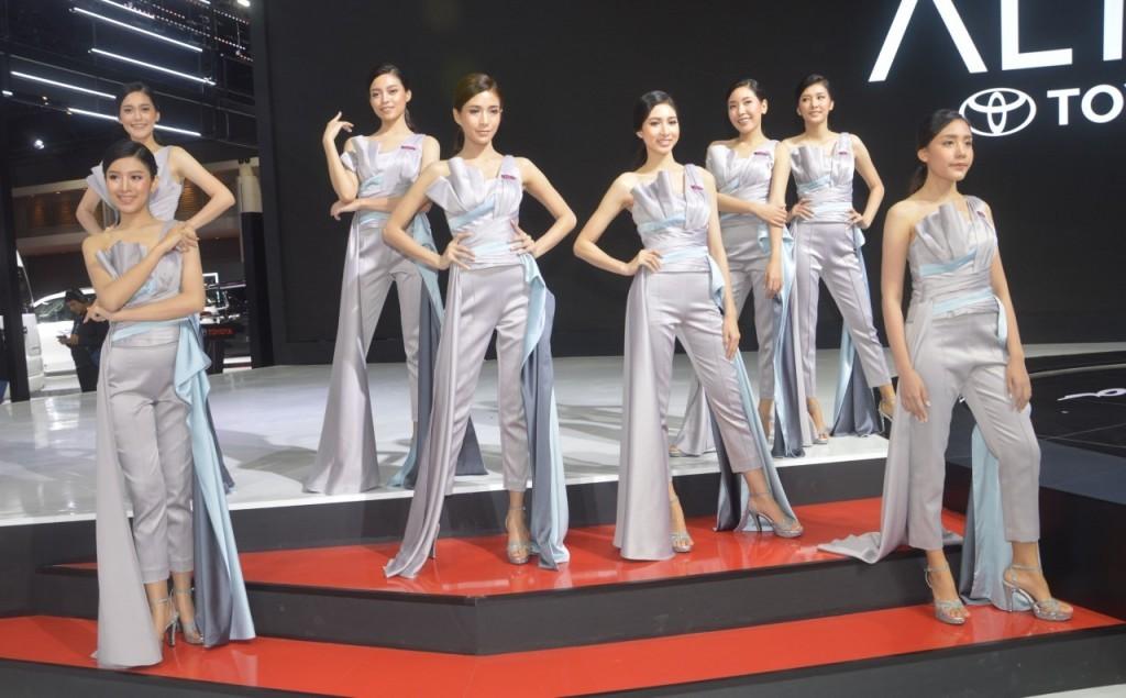 Ngất lịm trước vẻ dễ thương và gợi cảm của người mẫu Thái ở triển lãm Bangkok 2019 - 14