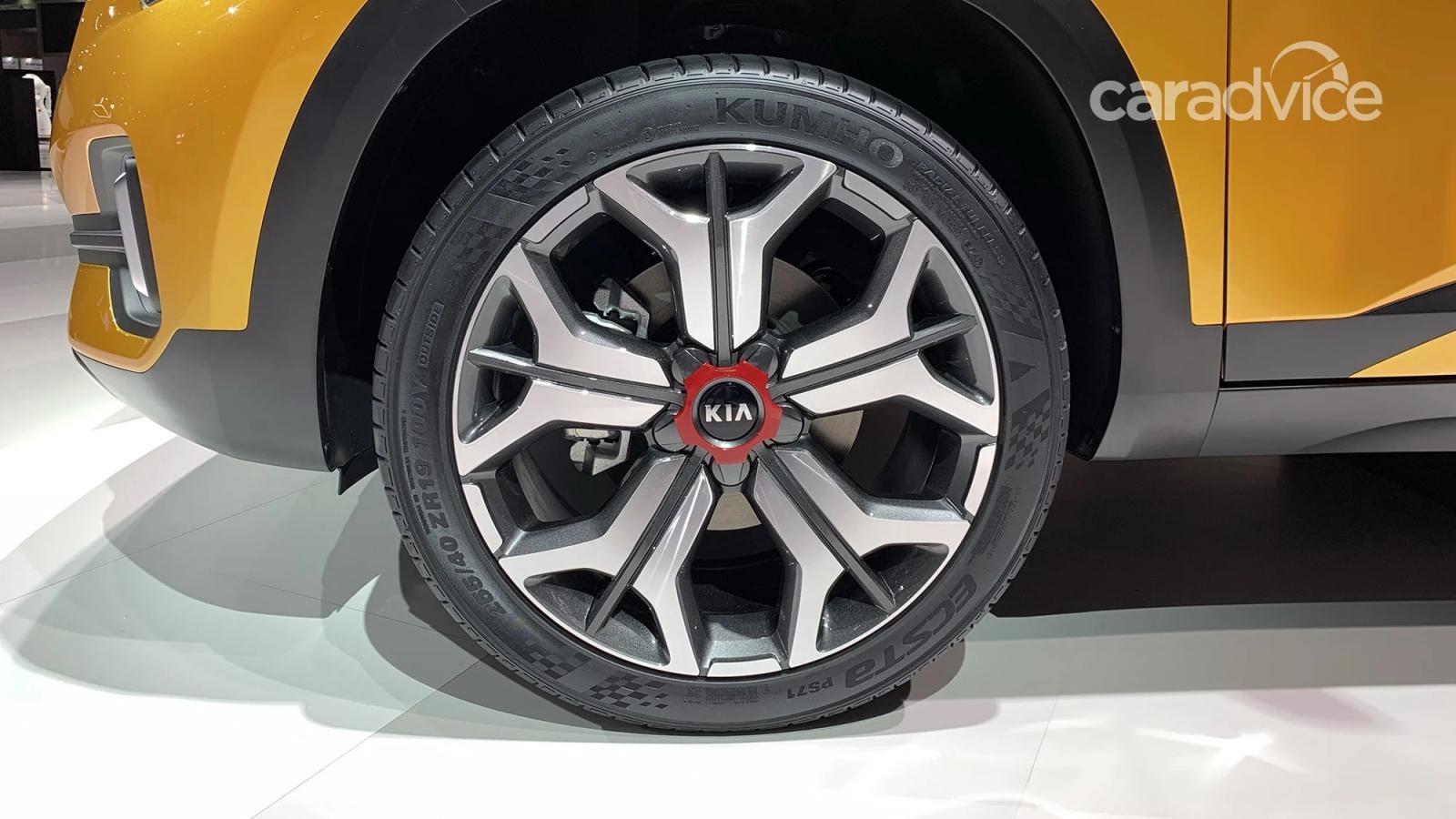 Bộ vành 5 chấu kép cỡ lớn của Kia SP Signature