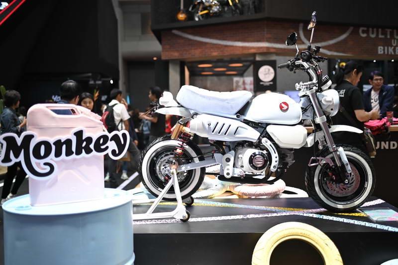 Chiếc xe Honda Monkey là một trong những dòng xe giàu truyền thống nhất của Honda, đây là một trong những mẫu xe làm nên thú chơi cũng như một nét văn hóa chơi xetừ những thế kỷ trước.
