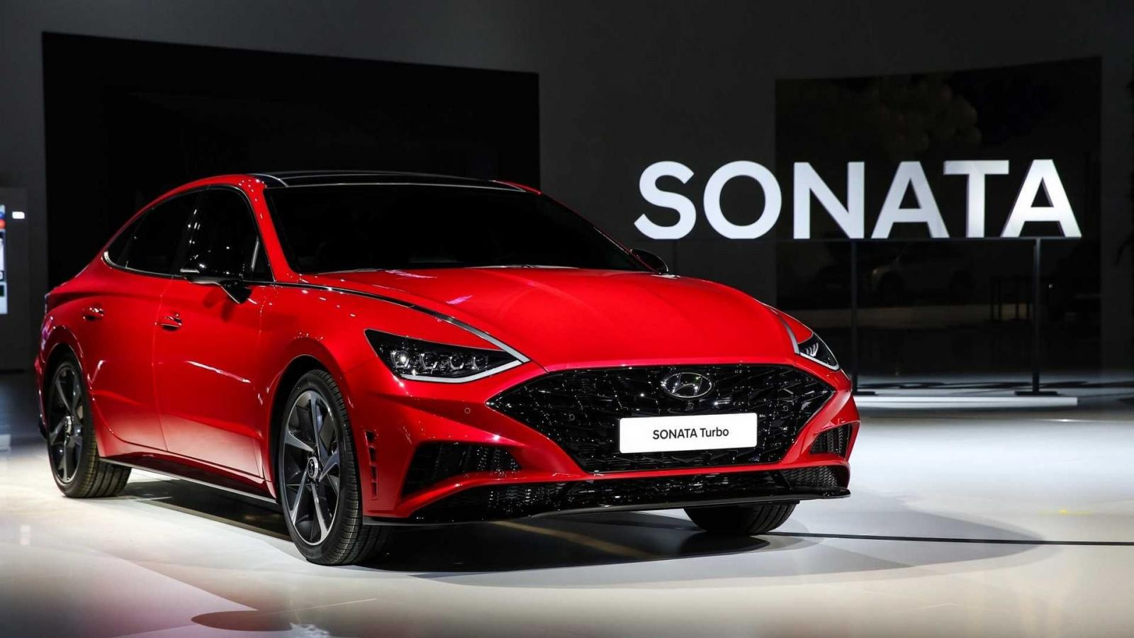Hyundai Sonata 1.6 Turbo 2020 ra mắt trong triển lãm Ô tô Seoul 2019