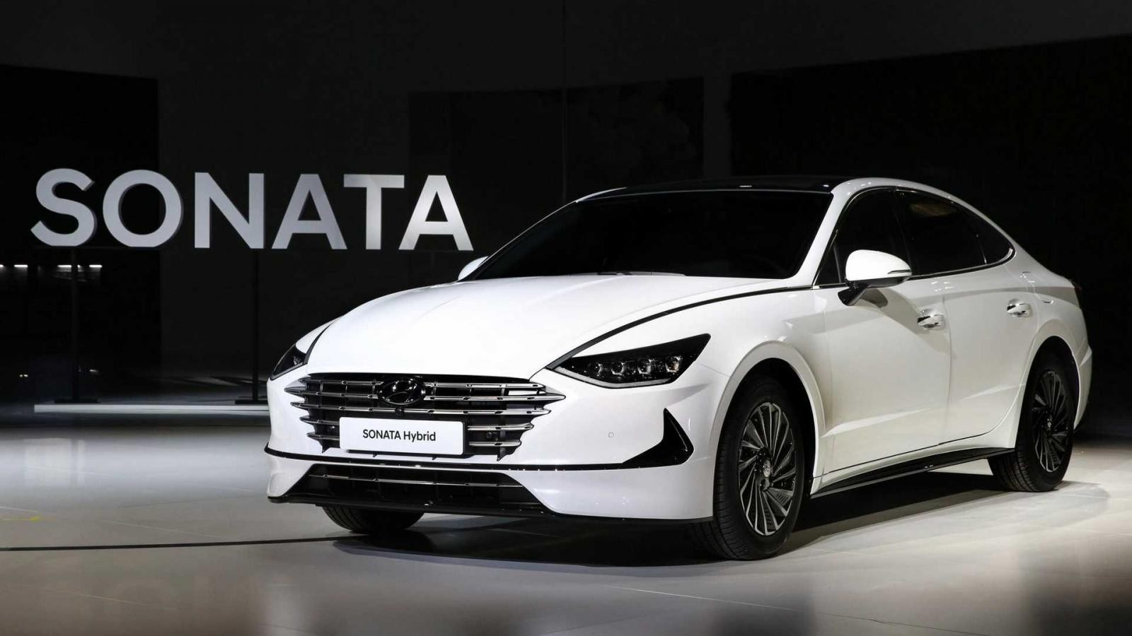 Hyundai Sonata Hybrid 2020 được trang bị bộ vành riêng