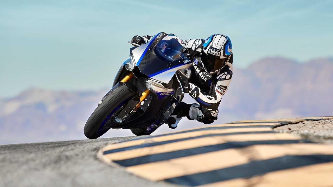 Yamaha sẽ cải tiến hoàn toàn siêu mô tô Yamaha R1 nhằm đáp ứng quy định khí thải mới