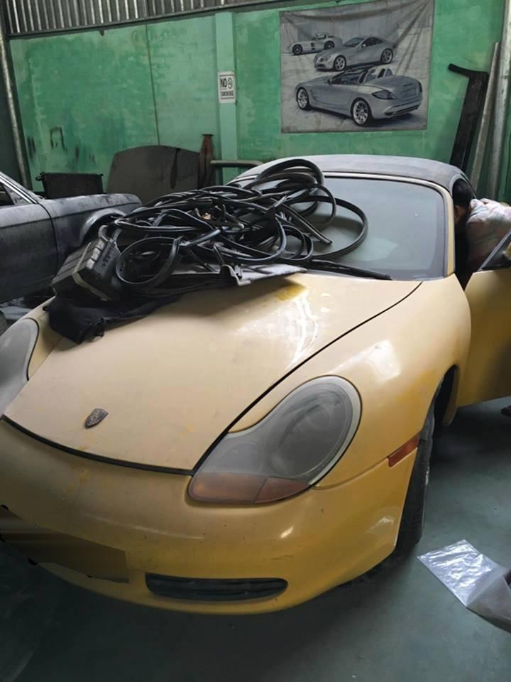 Phần đầu xe được dùng để đồ