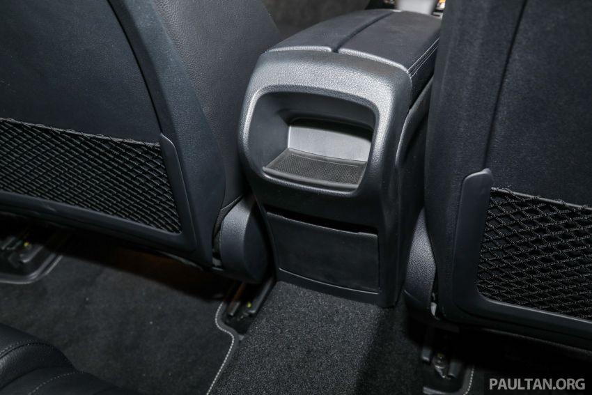 Mercedes-Benz A200 Progressive Line 2019 không có cửa gió điều hòa phía sau