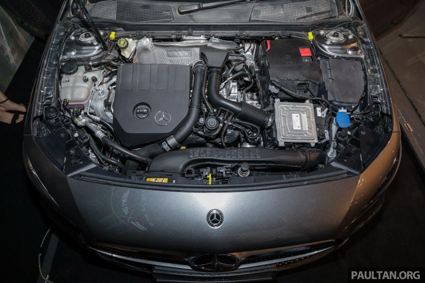 Động cơ của Mercedes-Benz A200 Progressive Line 2019