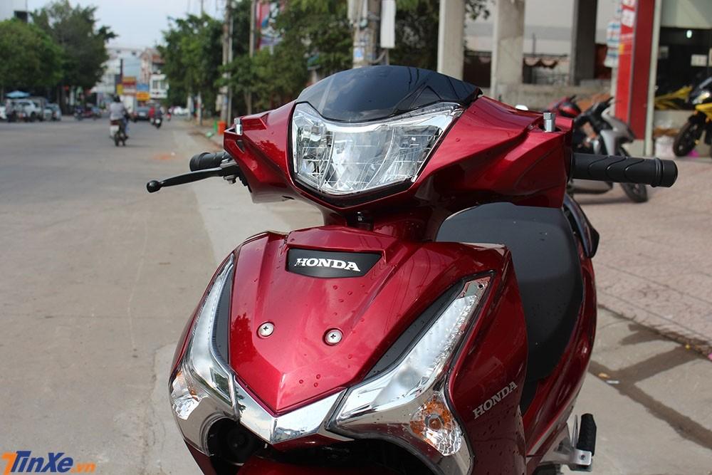 Mặt tiền của Honda Wave 125i nhập Thái Lan