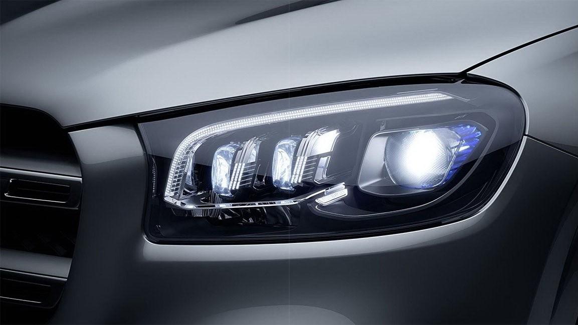 Cận cảnh cụm đèn pha mới của Mercedes-Benz GLS 2020